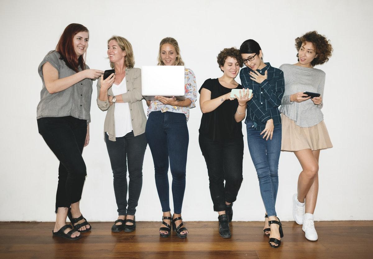 9 women every wellness entrepreneur should follow | Successful online business tips | Making Lemonade with Krista Goncalves